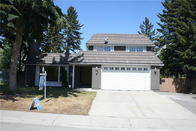 360 Willow Ridge Place SE, Calgary, AB T2J 1N4 (#C4185552) :: Redline Real Estate Group Inc