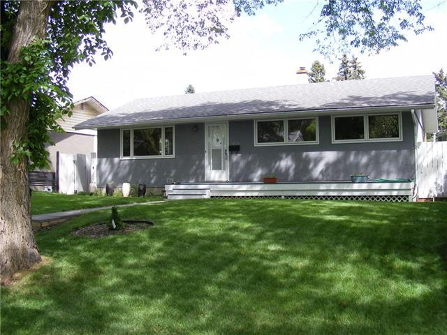 7036 22A Street SE, Calgary, AB T2C 0X2 (#C4188129) :: Your Calgary Real Estate