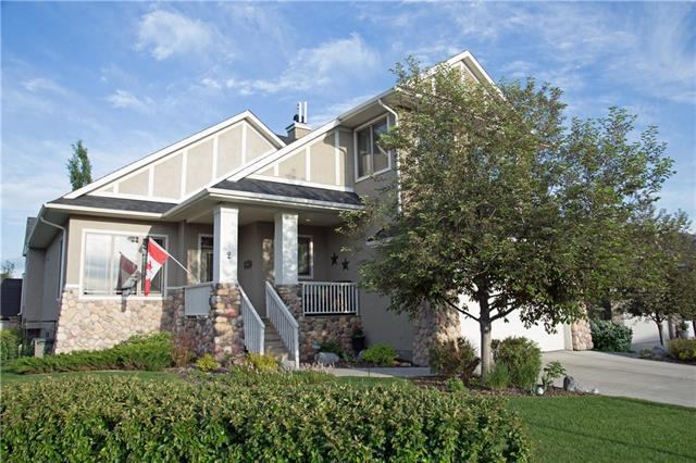 2 Discovery Ridge Heights SW, Calgary, AB T3H 5T1 (#C4190988) :: The Cliff Stevenson Group