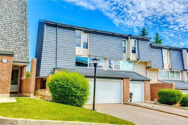 435 Brae Glen Crescent SW, Calgary, AB T2W 1B6 (#C4191852) :: Your Calgary Real Estate
