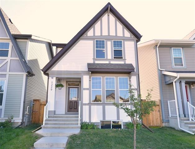 1229 New Brighton Drive SE, Calgary, AB T2Z 0W1 (#C4191930) :: Your Calgary Real Estate