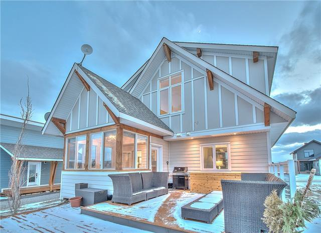 318 Cottageclub Way, Rural Rocky View County, AB T4C 1B7 (#C4193232) :: Your Calgary Real Estate