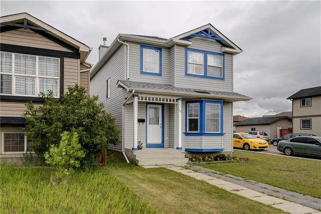 110 Tarawood Road NE, Calgary, AB T3J 5B3 (#C4193898) :: Carolina Paredes - RealHomesCalgary.com