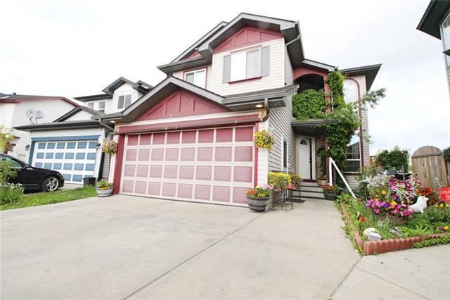 351 Taracove Estate Drive NE, Calgary, AB  (#C4194034) :: Carolina Paredes - RealHomesCalgary.com