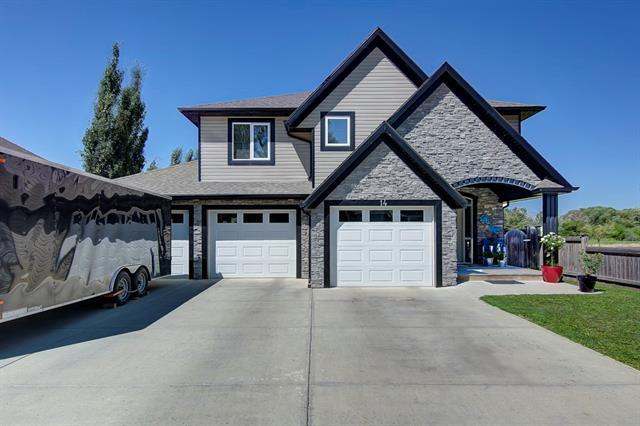 14 Thomas Drive, Strathmore, AB T1P 1C2 (#C4194661) :: Tonkinson Real Estate Team