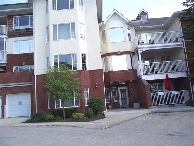3207 Sienna Park Green SW, Calgary, AB T3H 3N7 (#C4196196) :: Tonkinson Real Estate Team