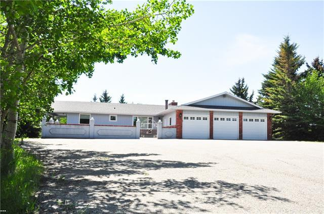 24227 Aspen Drive, Rural Rocky View County, AB T3R 1A4 (#C4196307) :: Tonkinson Real Estate Team