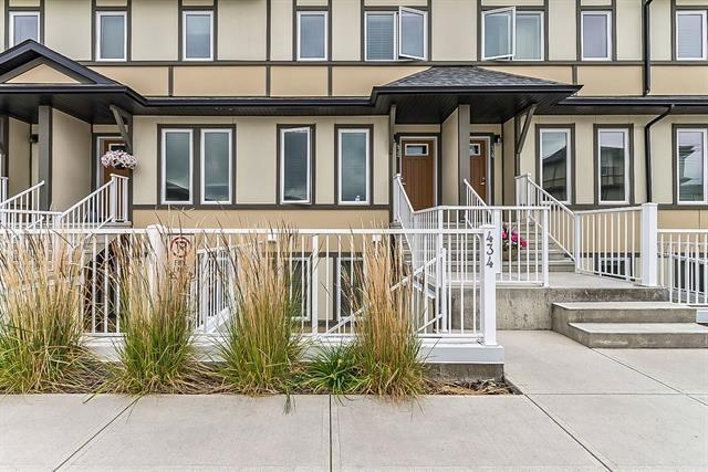 50 Westland Road #434, Okotoks, AB T1S 2G4 (#C4196617) :: Your Calgary Real Estate