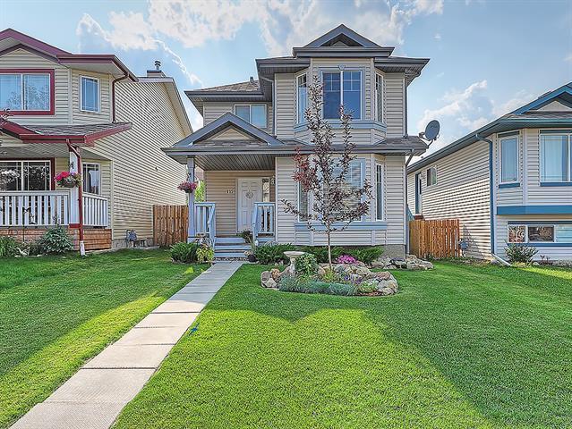 115 Cimarron Grove Crescent, Okotoks, AB  (#C4197510) :: Calgary Homefinders