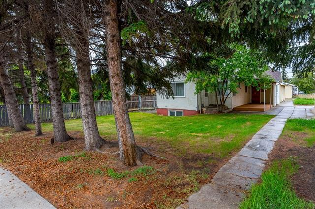 306 33 Avenue NE, Calgary, AB T2E 2H8 (#C4198508) :: Redline Real Estate Group Inc