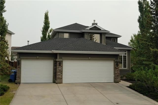 442 Edgebrook Rise NW, Calgary, AB T3A 5J7 (#C4199310) :: Redline Real Estate Group Inc