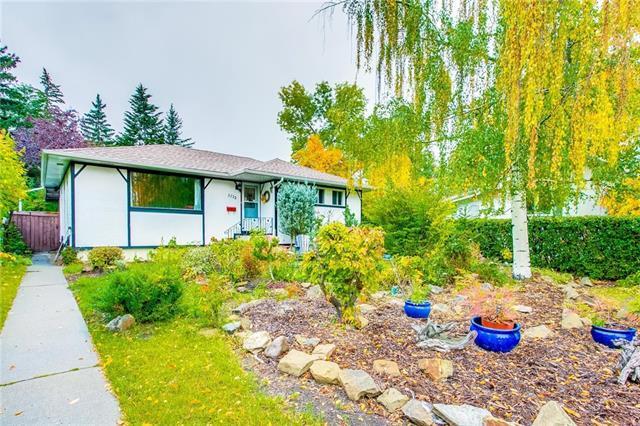 3732 36 Avenue SW, Calgary, AB T3E 1C5 (#C4200981) :: Calgary Homefinders