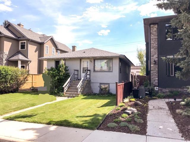 2107 1 Avenue NW, Calgary, AB T2M 1C2 (#C4201653) :: Canmore & Banff
