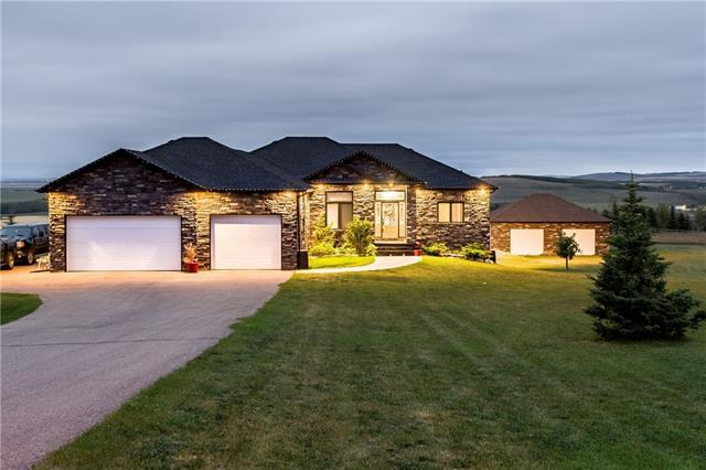 434291 Clear Mountain Drive E, Rural Foothills County, AB T1S 1A1 (#C4202068) :: The Cliff Stevenson Group