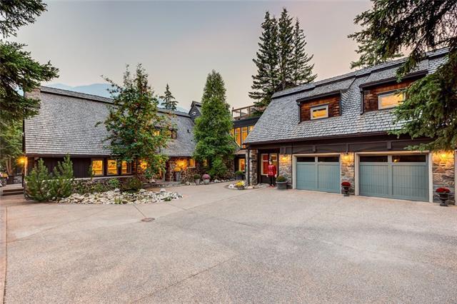 301 Buffalo Street, Banff, AB T1L 1G1 (#C4203147) :: Canmore & Banff