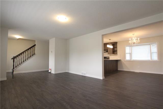 7215 Huntridge Hill(S) NE, Calgary, AB T2K 4A6 (#C4203551) :: Redline Real Estate Group Inc