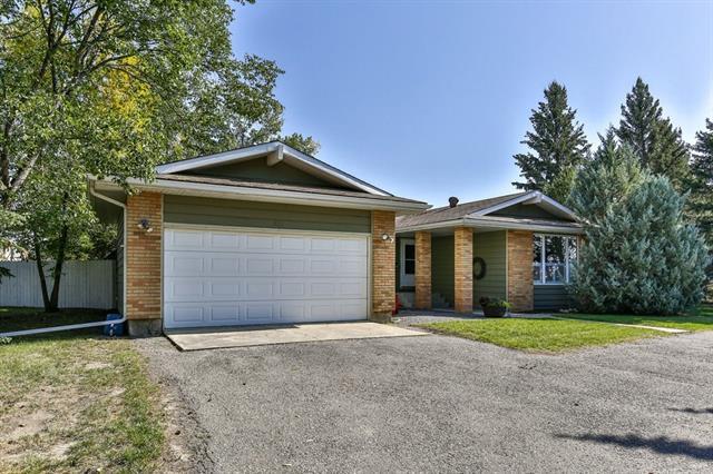 326 12 Avenue SW, High River, AB T1V 1A6 (#C4204234) :: Redline Real Estate Group Inc