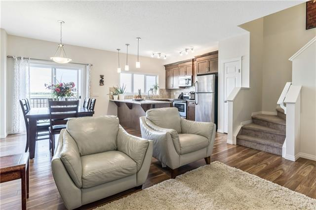 617 Hillcrest Road SW, Airdrie, AB T4B 4C8 (#C4204656) :: Canmore & Banff