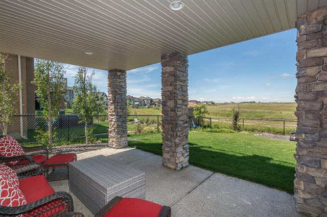 62 Muirfield Boulevard, Lyalta, AB T0J 1Y1 (#C4204946) :: Redline Real Estate Group Inc