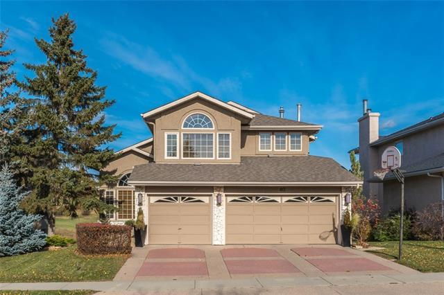 40 Country Hills Close NW, Calgary, AB T3K 3Y9 (#C4204980) :: Canmore & Banff