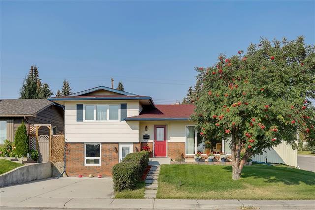 1403 Lake Bonavista Drive SE, Calgary, AB T2J 2X8 (#C4205032) :: The Cliff Stevenson Group