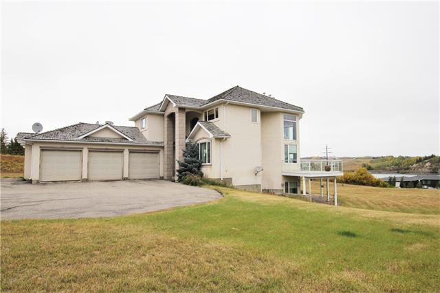 53 Emerald Bay Drive, Rural Rocky View County, AB T2Z 1E3 (#C4206043) :: Redline Real Estate Group Inc