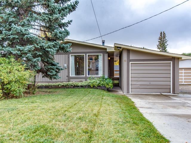 19 Maple Street, Okotoks, AB T0L 1T3 (#C4206190) :: Redline Real Estate Group Inc