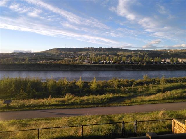98 Riviera View, Cochrane, AB T4C 2A4 (#C4206315) :: Redline Real Estate Group Inc
