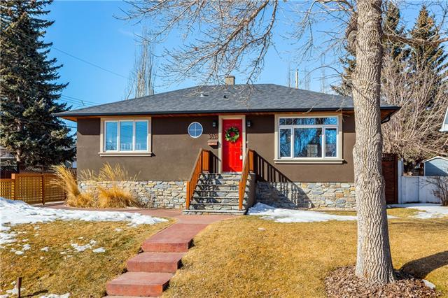 3439 32 Street SW, Calgary, AB T3E 2S4 (#C4206317) :: The Cliff Stevenson Group