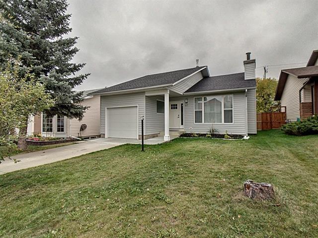 87 Cedargrove Way SW, Calgary, AB T2W 4V1 (#C4207981) :: The Cliff Stevenson Group