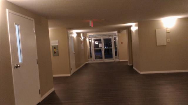 2000 Applevillage Court SE #405, Calgary, AB  (#C4209143) :: Redline Real Estate Group Inc