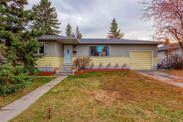 971 Northmount Drive NW, Calgary, AB T2L 0B1 (#C4210047) :: The Cliff Stevenson Group