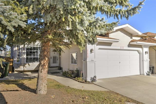 111 Sandringham Way NW, Calgary, AB T3K 3V7 (#C4210603) :: Tonkinson Real Estate Team