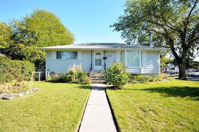 5404 Buckthorn Road NW, Calgary, AB T2K 2Y3 (#C4213696) :: Calgary Homefinders