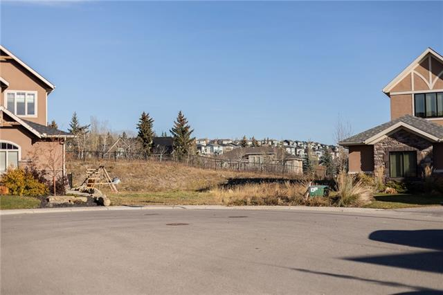 16 Fortress Court SW, Calgary, AB T3H 0T8 (#C4213886) :: Tonkinson Real Estate Team