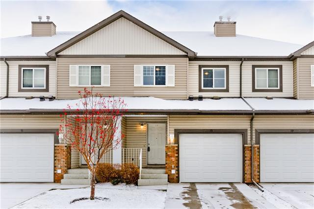 15 Saddletree Court NE, Calgary, AB T3J 5L1 (#C4215586) :: Tonkinson Real Estate Team