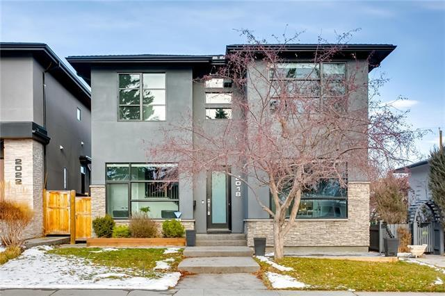 2018 46 Avenue SW, Calgary, AB T2T 2R9 (#C4215831) :: Canmore & Banff