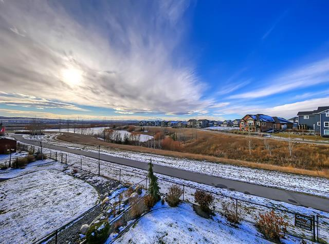 124 Drake Landing Terrace, Okotoks, AB T1S 0H1 (#C4216058) :: Tonkinson Real Estate Team