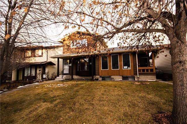 40 Berwick Rise NW, Calgary, AB T3K 1C8 (#C4218380) :: Canmore & Banff