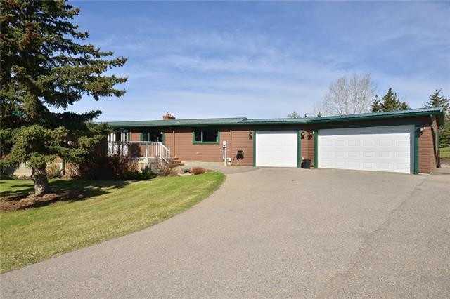 24 Mountain Glen Close, Rural Rocky View County, AB T4C 1A2 (#C4218840) :: The Cliff Stevenson Group