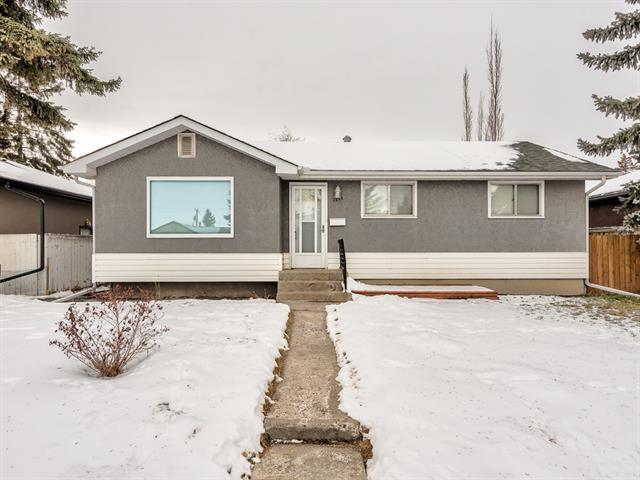 2215 45 Street SE, Calgary, AB T2B 1K1 (#C4219462) :: Calgary Homefinders