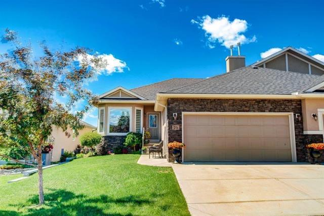 25 Sheep River View, Okotoks, AB T1S 2G6 (#C4220873) :: Redline Real Estate Group Inc