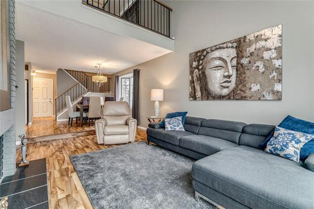 28 Berwick Crescent NW #60, Calgary, AB T3K 1Y7 (#C4221359) :: Redline Real Estate Group Inc