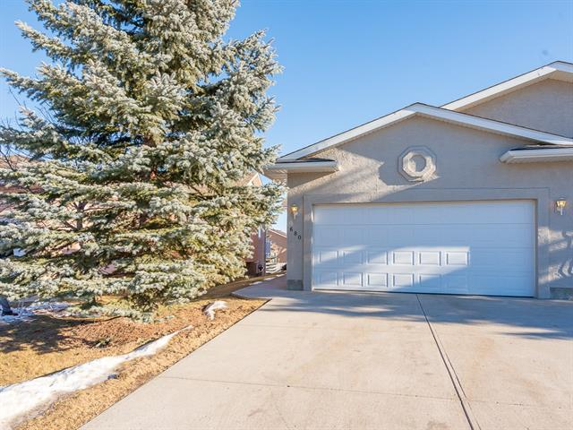 680 Sheep River Mews, Okotoks, AB T1S 1S2 (#C4222946) :: Canmore & Banff