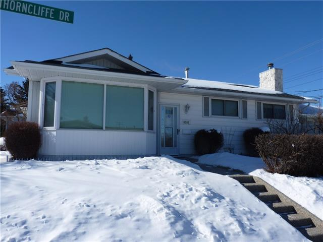 6303 Thorncliffe Drive NW, Calgary, AB T2K 3A8 (#C4226096) :: Calgary Homefinders