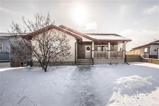 1807 4 Avenue SE, High River, AB T1V 1Y2 (#C4226880) :: Calgary Homefinders