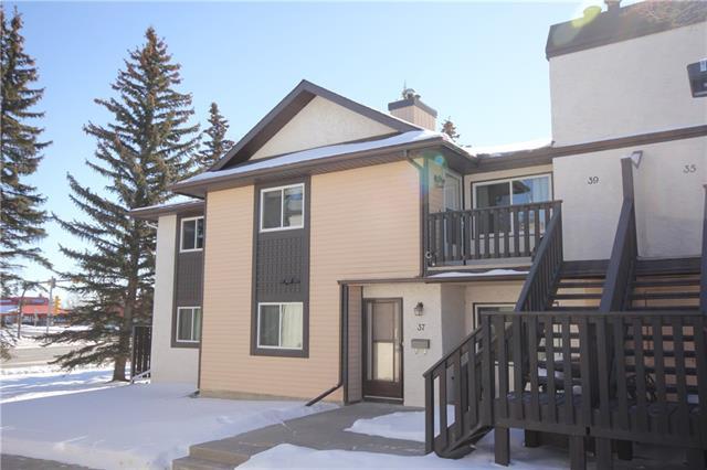 39 Cedar Springs Gardens SW, Calgary, AB T2W 5J9 (#C4229272) :: Calgary Homefinders