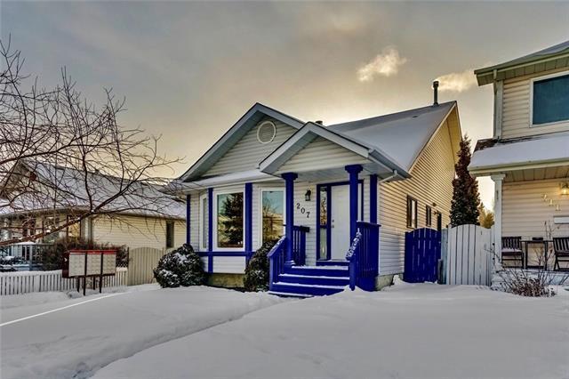 207 Millbank Drive SW, Calgary, AB T2Y 2J1 (#C4229606) :: Redline Real Estate Group Inc