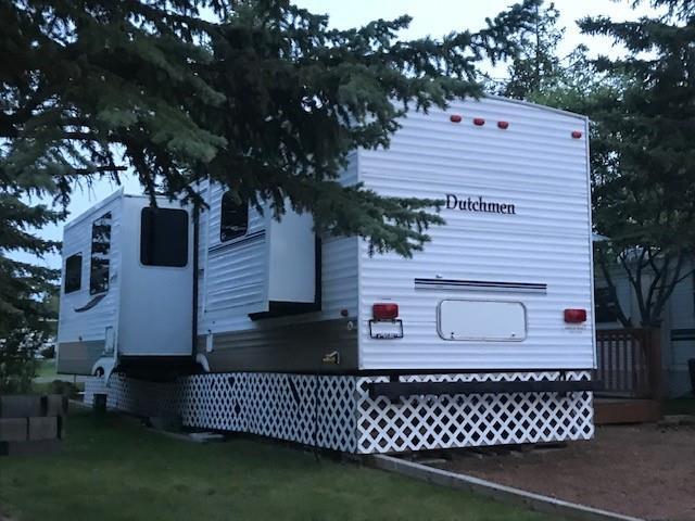 601 Carefree Resort, Rural Red Deer County, AB T4G 0K6 (#C4244482) :: Redline Real Estate Group Inc
