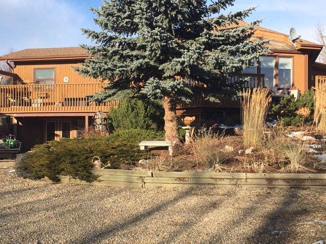 262067 Poplar Hill Drive, Rural Rocky View County, AB T3R 1C7 (#C4277668) :: Redline Real Estate Group Inc